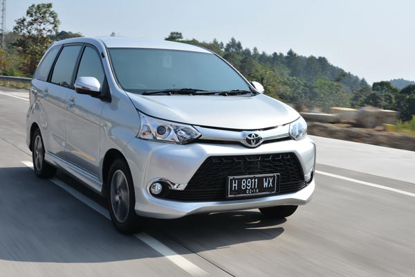 Mesin Grand New Veloz 1.5 Toyota 2015 Menguji Performa 1 5 Bertransisi Manual