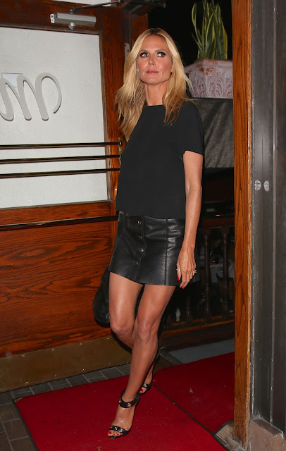 Heidi Klum showed slender legs, leaving the Italian restaurant Madeo in West Hollywood