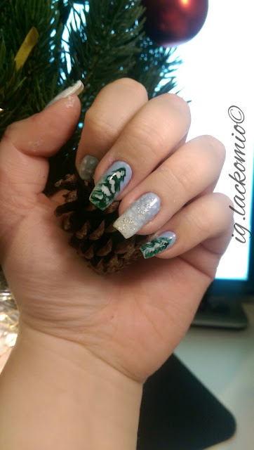 Manicure, Essie, Gradient, Winterwonderland, Winter, Themed, Saltwater Happy, Private Weekend, Beyondcozy, Swatch, OPI, Christmas Gone Plaid