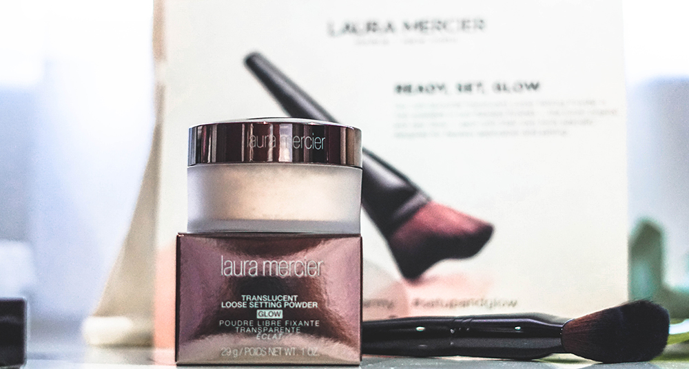 Pen My Blog: Laura Mercier Translucent Loose Setting Powder Glow Review
