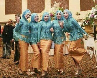 Model Kebaya Modern Jilbab Untuk Seragam Resepsi Pernikahan