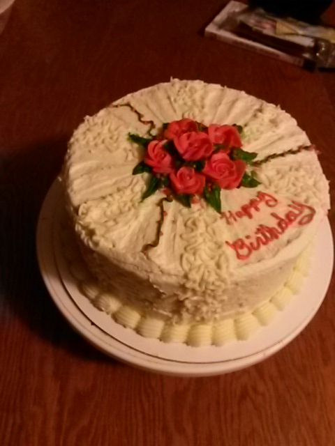 CAKES BY BRENDA Great Falls Montana Birthday cake red flowers