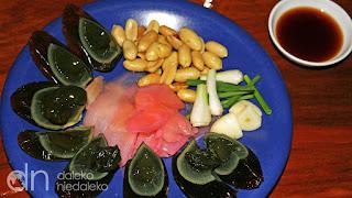 http://ruszwpodroz.pl/roznosci/najdziwniejsze-potrawy-swiata/