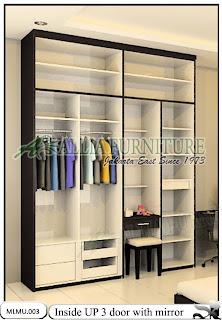 tampak dalam Lemari pakaian minimalis cabinet unit up