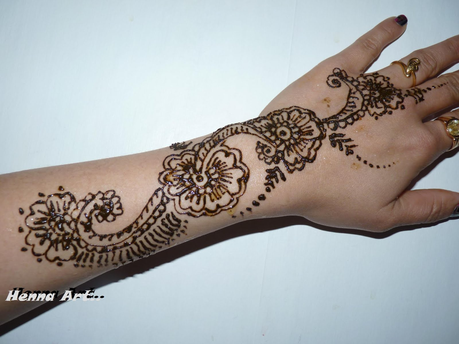 Henna Hand: Henna And Face Paint: Henna On Arm And Hand