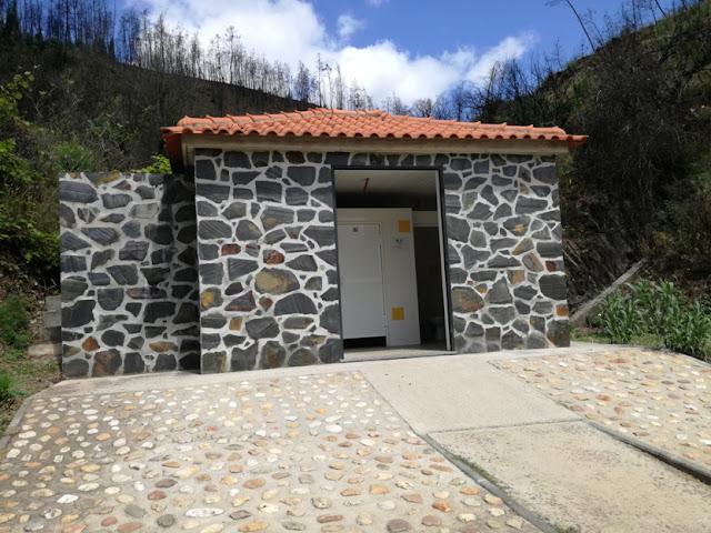 casa de banho da praia de Cornicovo