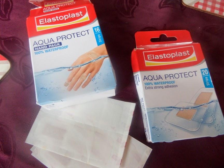 Madhouse Family Reviews: Elastoplast Aqua Protect plasters