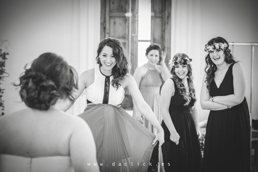 preparativos novia con amigas