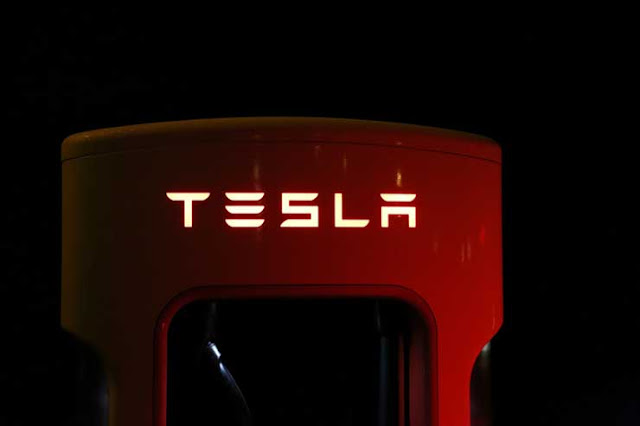 American Electric Car Manufacturer Tesla
