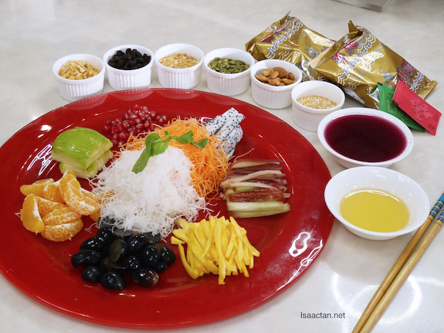 Kungfu Steam Seafood's Fruity Lou Sang