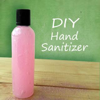 Nikmati Makanan Enak Indonesia Dengan Tangan Bersih Berkat DIY Hand Sanitazer Ini