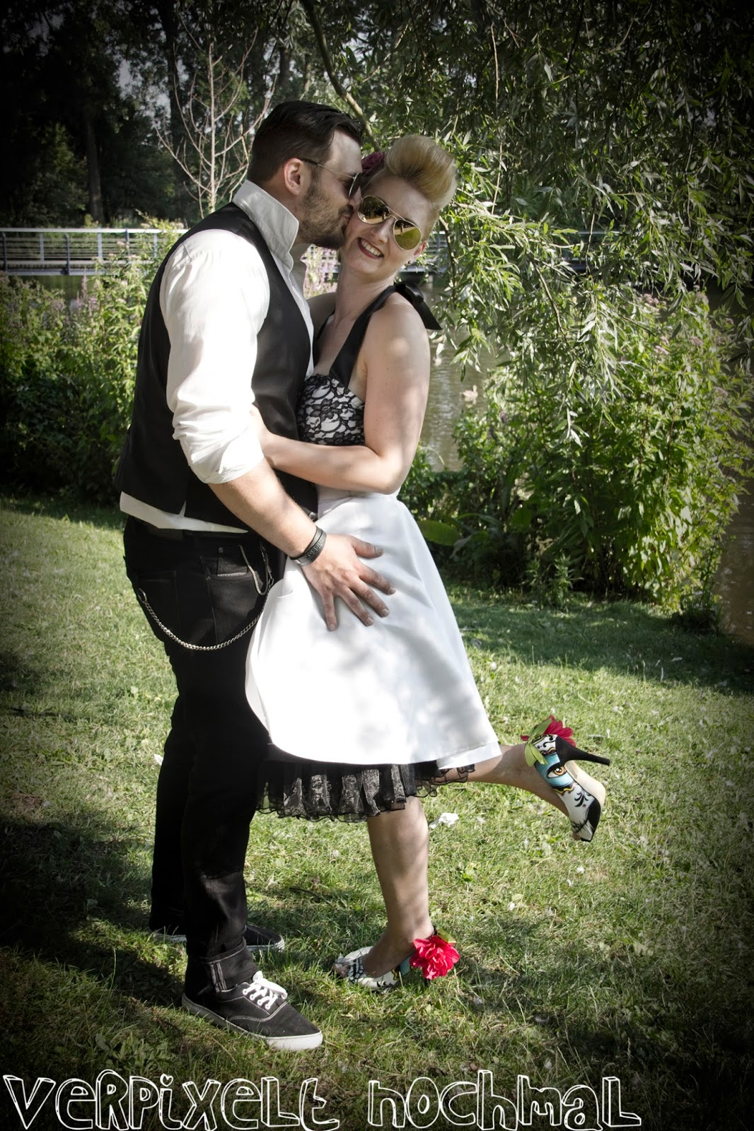 Rockabilly Hochzeit  Verpixelt nochmal
