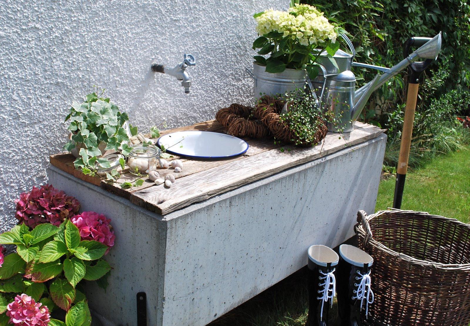 Mamas kram waschplatz im garten - Garten waschtisch ...