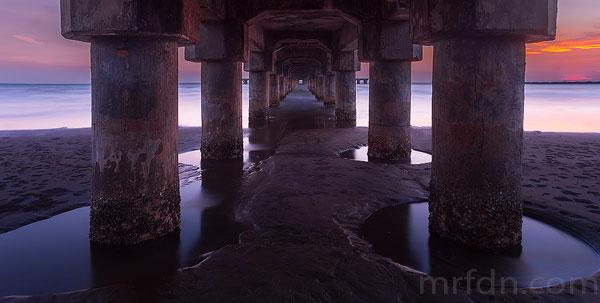 https://www.mrfdn.com/2018/10/menemukan-inspirasi-tulisan-dari-foto.html