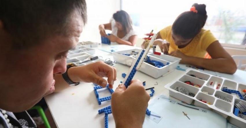 Niños con habilidades especiales reciben conocimientos sobre robótica - www.munlima.gob.pe