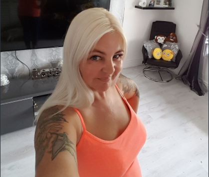 Very Rich Sugar Mummy In London Ready To Pay £1,000 Monthly - Click Here