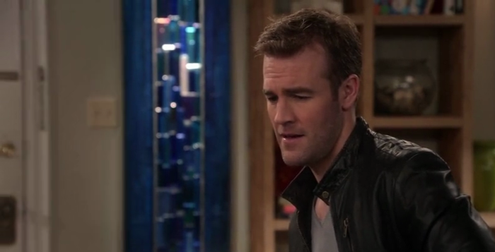 James Van Der Beek interpretando ele mesmo em Don't Trust Bitch in 23 Apartment