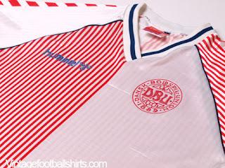 https://www.vintagefootballshirts.com/