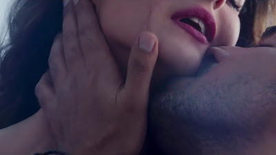 Fantasy Kiss Image Of Zareen Khan