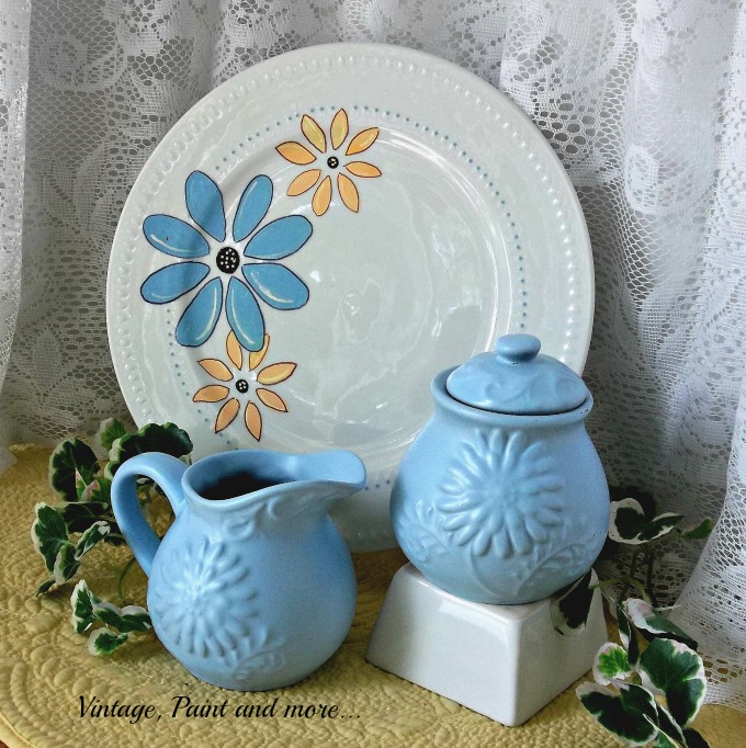 Vintage, Paint and more... stenciled plate, painting a plate, spray painting dishes
