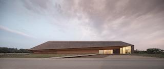Spannende Touren ins dänische Wattenmeer: Interview mit Betty vom Vadehavscentret in Ribe. Das dänische Wattenmeerzentrum hat eine besondere Architektur, die Natur und Kultur verbindet.