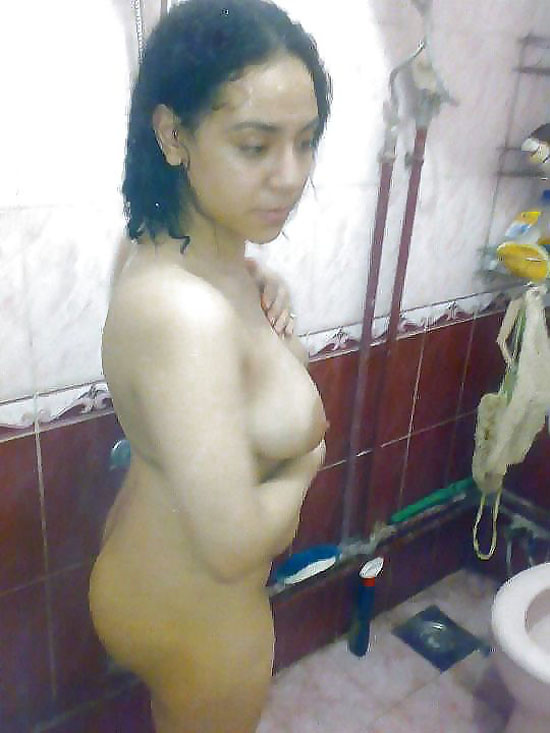 Mallu Wife Nude Bath Room Pictures