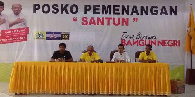 """Tim sukses (Timsus) pasangan calon Gubernur dan Wagub Maluku, Said Assagaff - Anderias Retanubun dengan jargon """"SANTUN"""", mempertanyakan kredibilitas JSN yang diindikasikan hanya dimanfaatkan untuk membentuk opini masyarakat bahwa pasangan """"BAILEO"""" sudah unggul."""