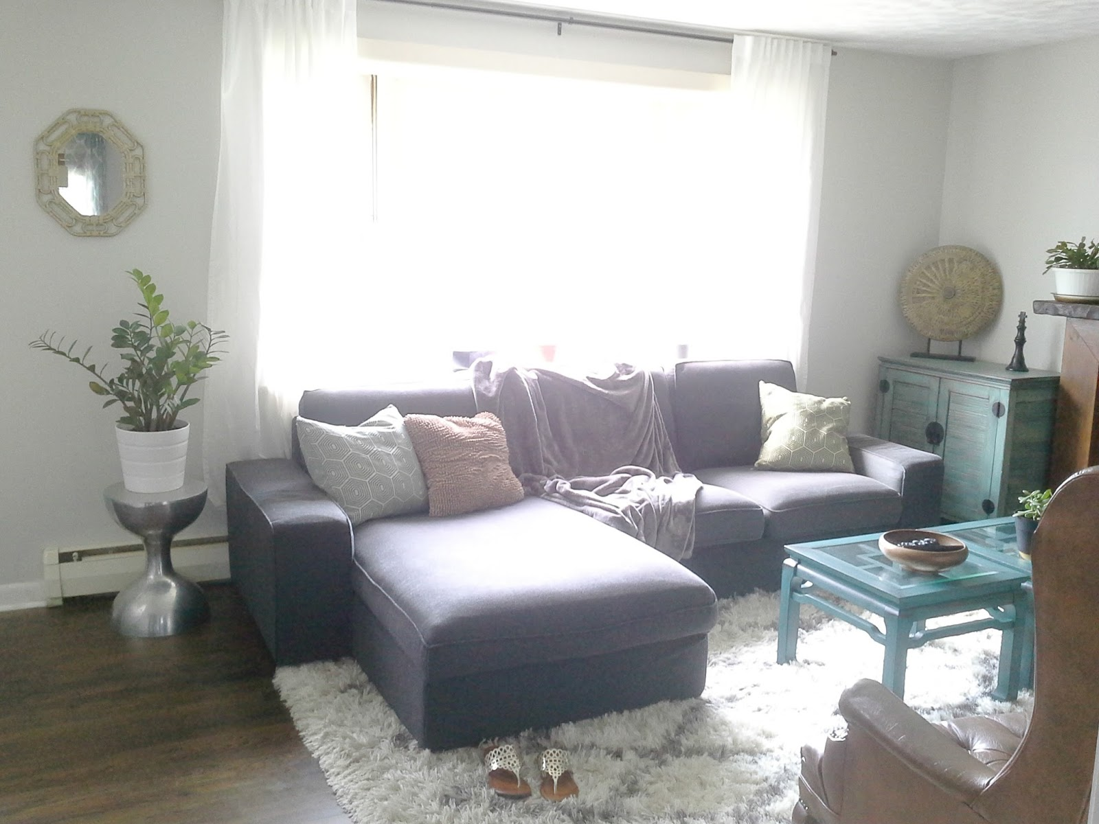 sofa ikea kivik opiniones living room with black leather lilly s home designs review loveseat chaise combination