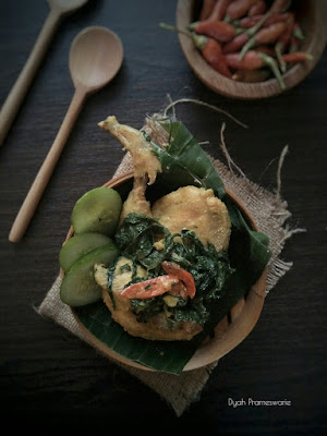 http://www.dyahprameswarie.com/2016/02/singgang-ayam-pedas-dan-bersantan.html