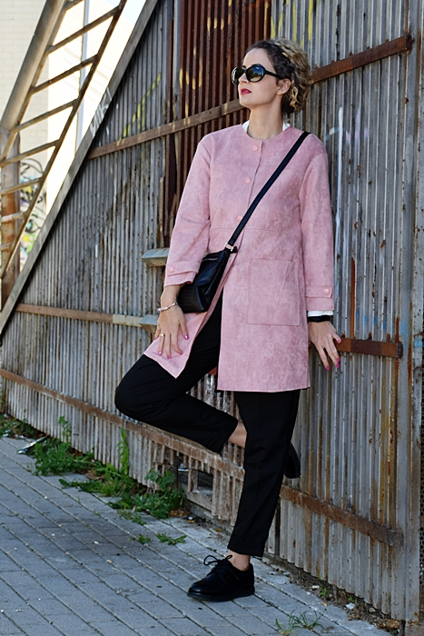 Outfit-chaqueta-ante-rosa-2
