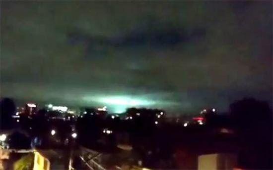 Luzes no ceu Terremoto Mexico 1