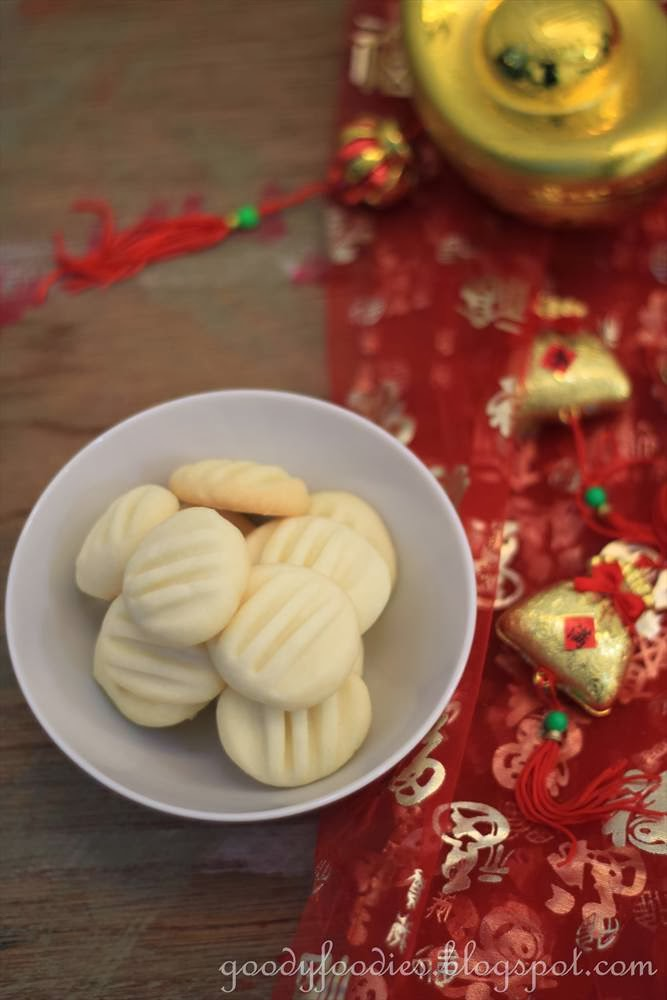 Goodyfoodies Recipe Melt In The Mouth German Cookies Cny