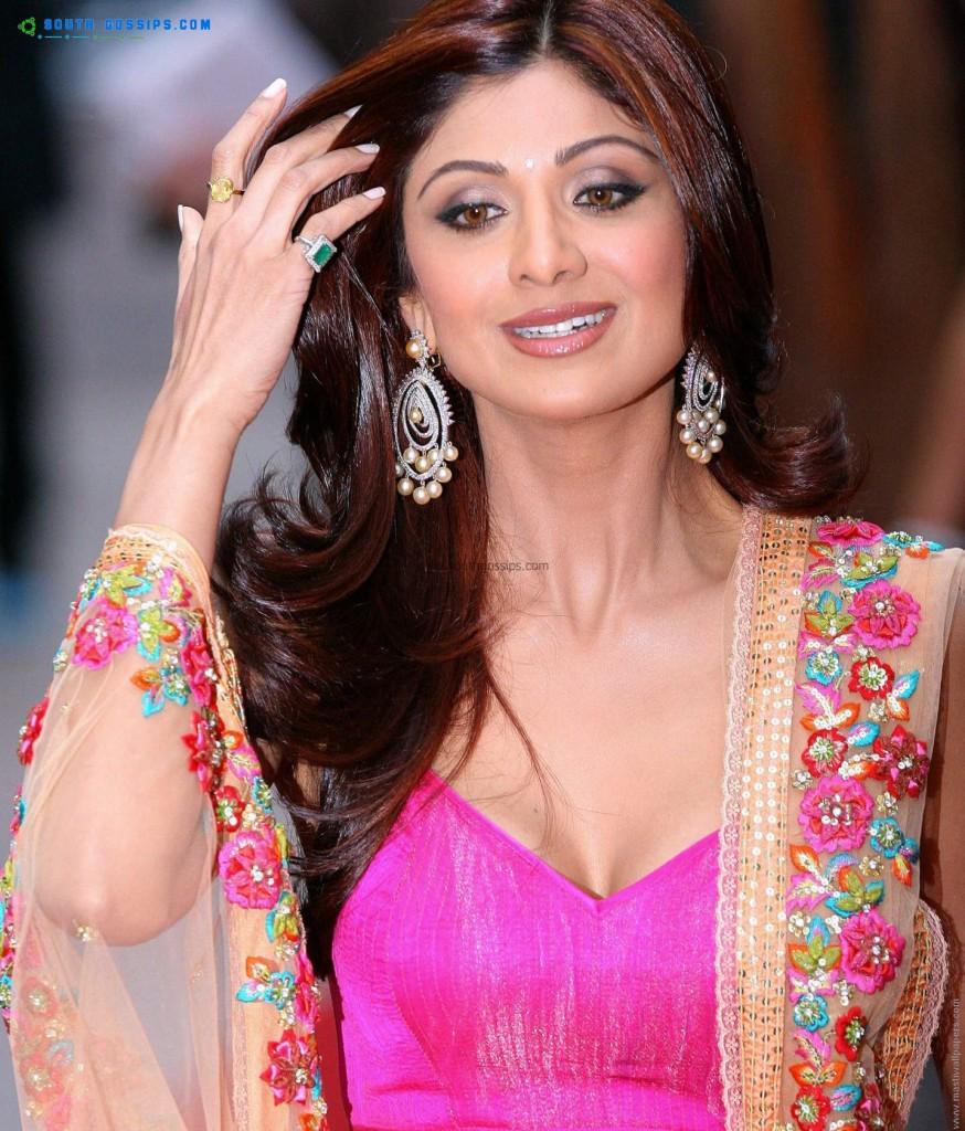 Shilpa Shetty   Bollywood Actions