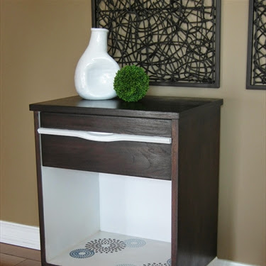 Mid-Century Modern End Table Makeover
