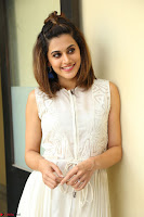 Taapsee Pannu in cream Sleeveless Kurti and Leggings at interview about Anando hma ~  Exclusive Celebrities Galleries 024.JPG
