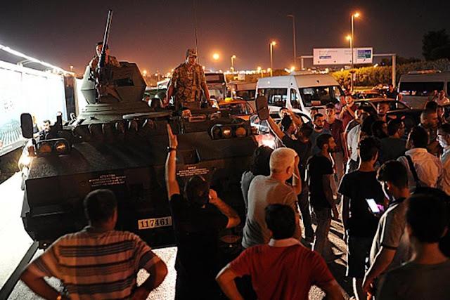 तुर्की में सेना ने की तख्तापलट की कोशिश