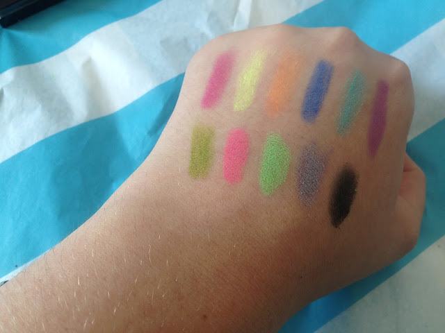 Makeup revolution brights palette