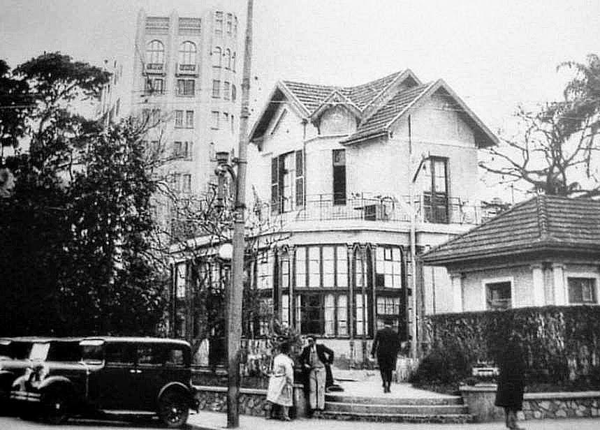 Chalé da Praça XV, na década de 1960, em Porto Alegre