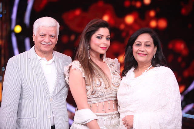 Electrica !!!: Kanika Kapoor's surprise moment on the sets ...