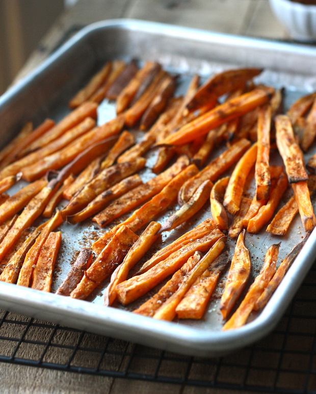 Baked Sweet Potato fries with Japanese Seven Spice by SeasonWithSpice.com