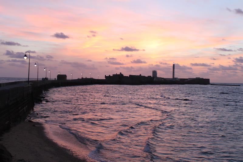 Strand von Cádiz im Abendlicht