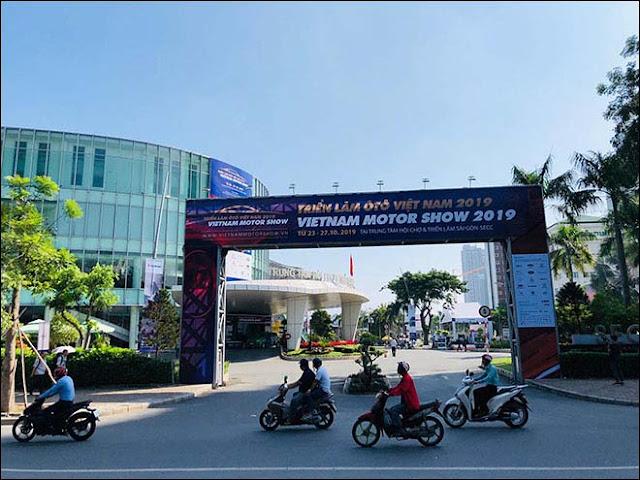 Triển lãm Ô tô Việt Nam 2019 chính thức khai mạc