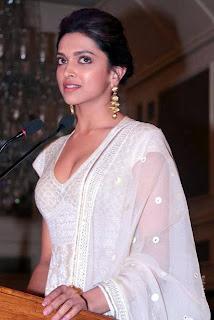 Deepika Padukone Hot Cleavage Show Photos