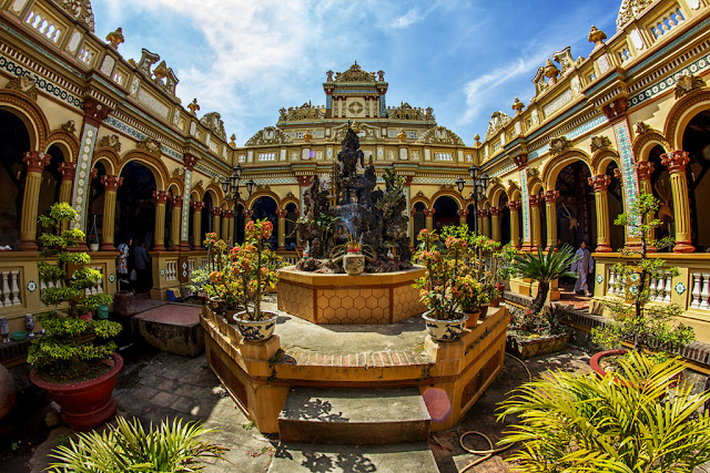 Chùa Vĩnh Tràng tại Mỹ Tho tỉnh Tiền Giang thuộc top 30 điểm du lịch