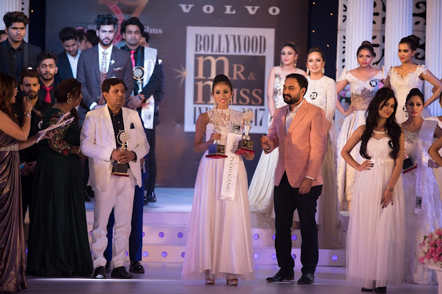 Abhishek Tiwari feliciatating Miss Photogenic, 2017