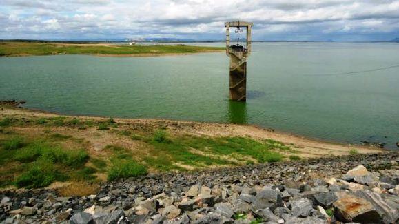 Resultado de imagem para Barragem Armando Ribeiro Gonçalves, serviço realizado pelo Departamento Nacional de Obras Contra as Secas (Dnocs).