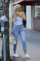 Kylie-Jenner-Candids-in-Beverly-Hills-9_sexycelebs.in.jpg