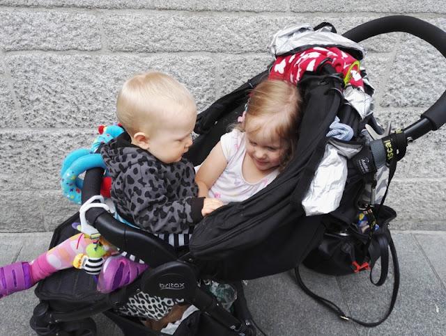 lasten kanssa / matkarattaat dublin, irlanti