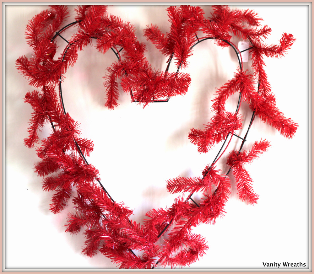 Make A Heart Shaped Mesh Wreath For Valentines Day