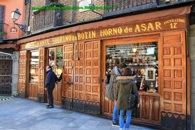 Facade, Sobrino de Botín, Madrid, Spain